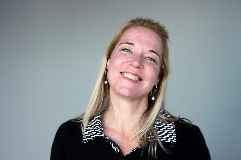 Charlotte Damgaard, engelsk tekstforfatter